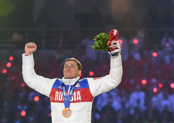 Победа Легкова в непростом олимпийском марафоне